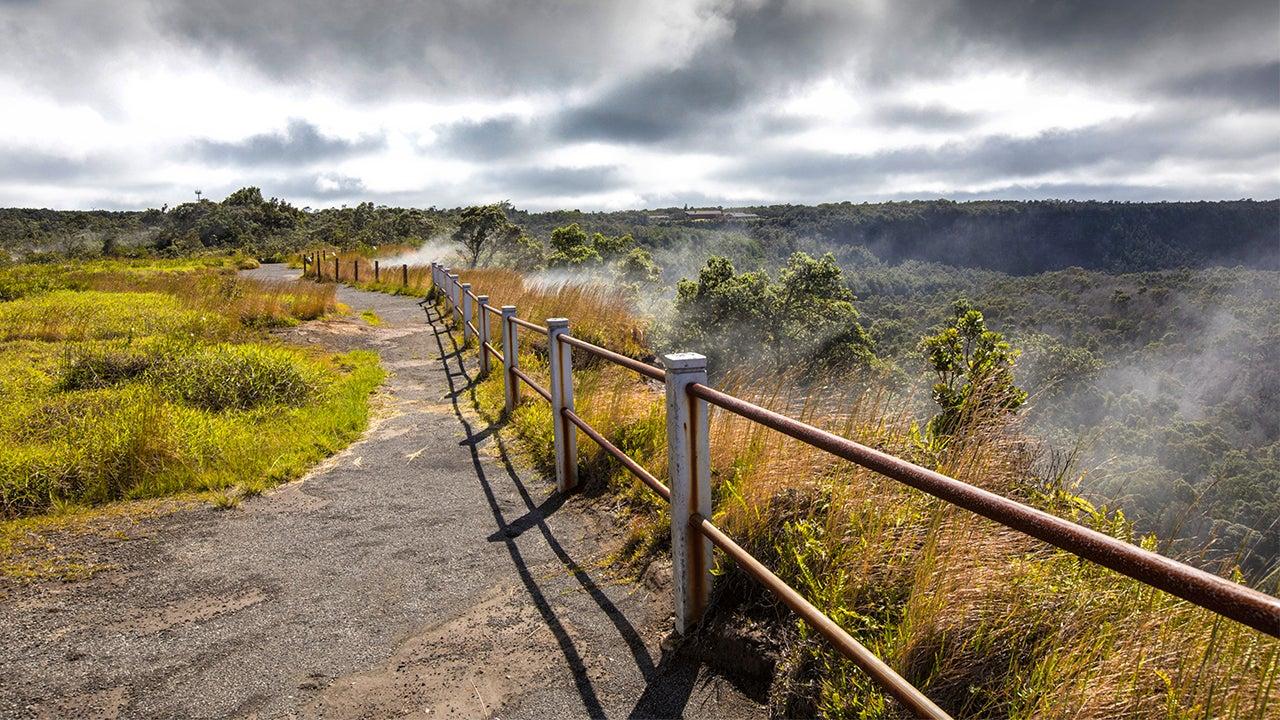 Man Survives 70-Foot Fall Into Caldera at Hawaii's Kilauea Volcano