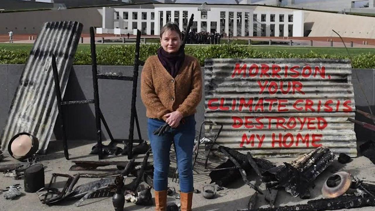 Australia Bushfires Destroy Woman's Home, Sparking Climate Change Protest