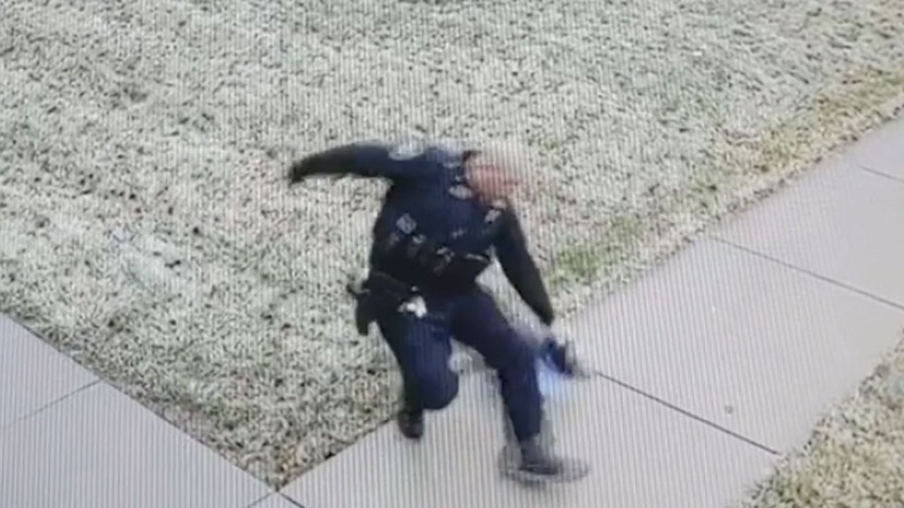 Cop Falls in Icy Parking Lot in Amusing 'PSA'