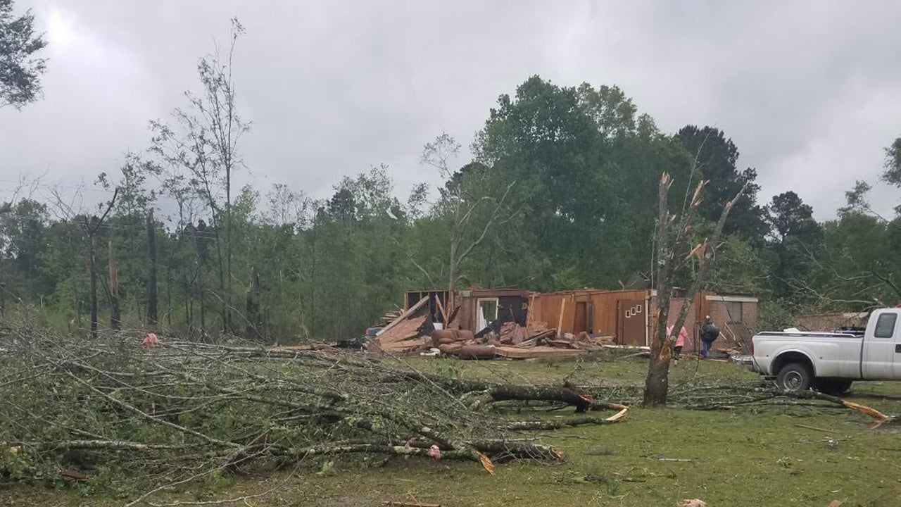 Storm damage and debris lays scattered in Morton, Miss., where the National Weather Service's preliminary survey shows consistency with a high-end EF-2 tornado. (Twitter/@NWSJacksonMS)
