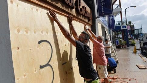 Hurrikan Humberto bringt Bermuda heftige Windböen