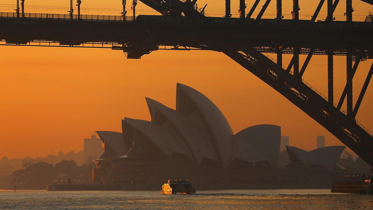 Hitze, Trockenheit und Wind haben die Bedrohung durch verheerende Buschbrände im australischen Bundesstaat New South Wales verschärft.