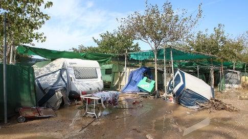 Autofahrer bleibt in Unterführung stecken: Drei Unwetter-Tote in Spanien