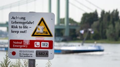 """""""Lebensgefahr"""": Behörden und DLRG warnen vor Schwimmen im Rhein"""