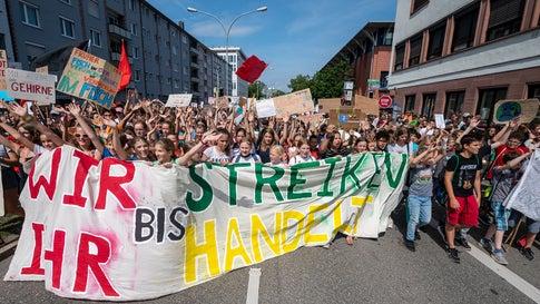 """""""Bundesregierung versagt"""": Breites Bündnis ruft zum globalen Klimastreik auf"""