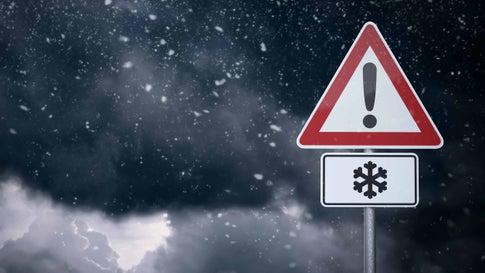 Mehrere Menschen bei Schneefall in den Alpen gerettet