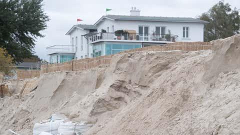Lubmin: Blick auf die Küstenschutzdüne am Strand von Lubmin im Landkreis Vorpommern-Greifswald.