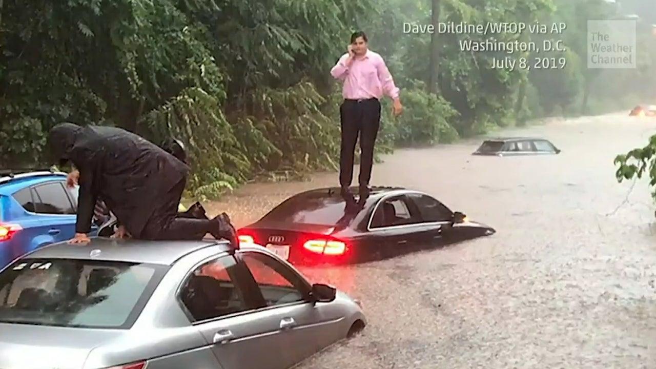 Washington DC erholt sich von heftigen Überflutungen am Montag. Heftiger Regen führte zu gefährlichen Sturzfluten in der Hauptstadt der USA. Mit 85 l/qm in nur einer Stunde bricht der Regenfall alle Rekorde der Gegend.