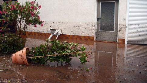 Wetter-Ticker: A5 geflutet - Unwettergefahr noch nicht gebannt
