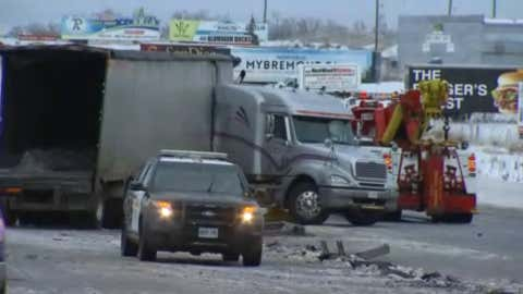 A section of Highway 400 was closed after a multi-vehicle crash north of the GTA on April 16, 2018. (CITYNEWS)