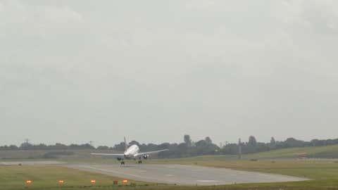 Les passagers d'un vol Air France ont connu une belle frayeur. (Crédit Youtube flugsnug)