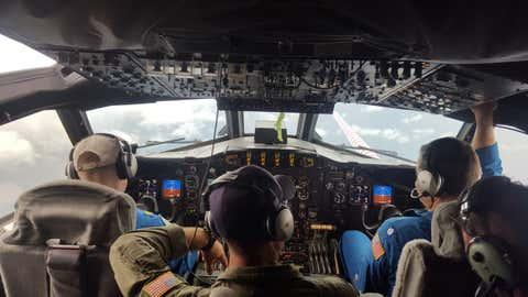 À bord du Lockheed WP-3D Orion utilisé pour aller au coeur de l'ouragan Harvey, en août 2017. (Credit Lt. Kevin Doremus / NOAA)
