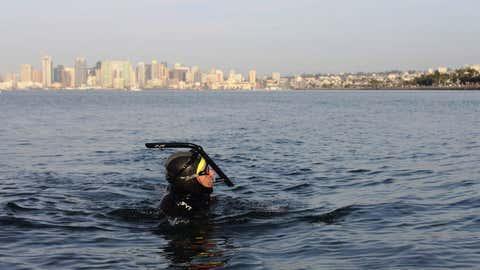 Benoît Lecomte lors d'un entraînement, avant de se lancer dans le grand bain. (@ Ben Lecomte The Swim)