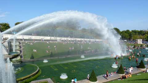Le célèbre jet d'eau de la fontaine du Trocadéro. (CCO)