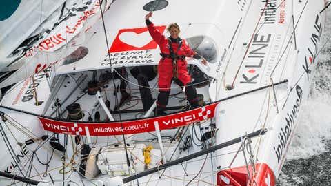 Trois concurrents, dont Samantha Davies (photo) ont accepté de nous ouvrir leur cockpit. (Crédit Vincent Curutchet / Initiatives Coeur)