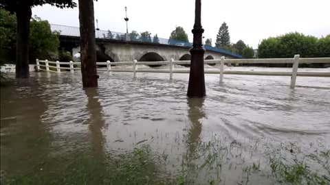 La ville de Nay, dans les Pyrénées-Atlantiques, inondée ce mercredi 13 juin (Capture Youtube/La République des Pyrénées)