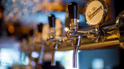 Une association s'est alliée avec un brasseur local pour produire une bière anti-gaspi. (CCO)