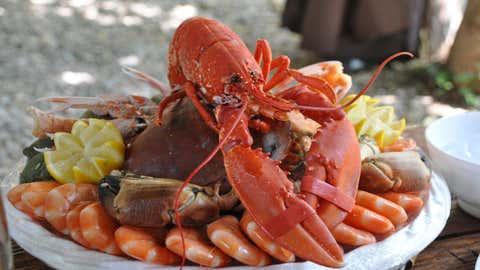 Selon une étude menée par Que Choisir, 67 % des produits issus de la mer sont contaminés. (CCO)