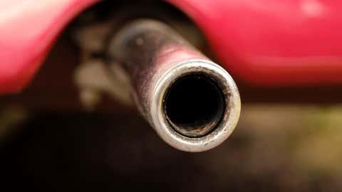 En cause, une dérogation sur les taux de pollutions accordée aux constructeurs automobiles. (CCO)