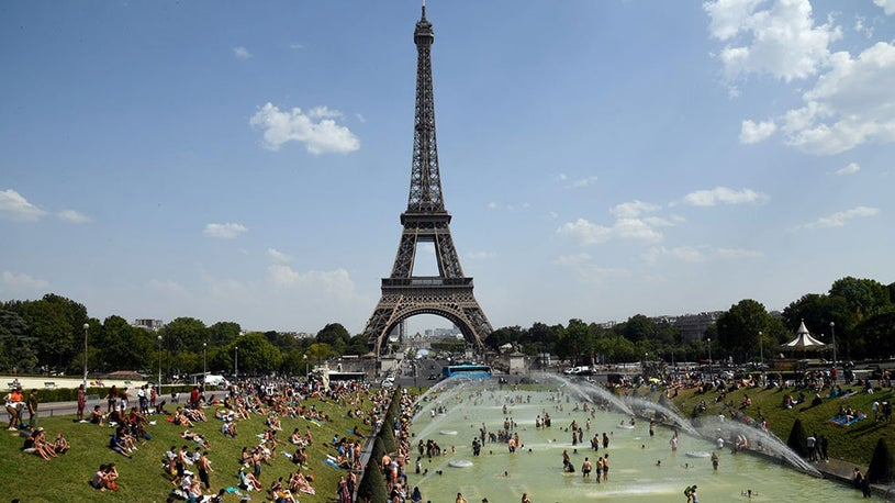 Summer Heat Waves Kill 1,500 in France