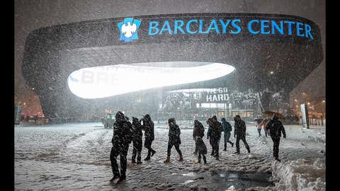 Winter Storm Avery hit New York City and the Barclays Center just prior to a game between the New York Islanders and the New York Rangers on Nov. 15, 2018 at the Barclays Center in Brooklyn, NY. (John McCreary/Icon Sportswire via Getty Images)
