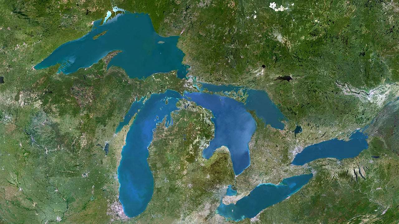 Great Lakes to See Erratic Snowfall Totals, Wide Water Level Swings as Global Warming Continues, Study Says