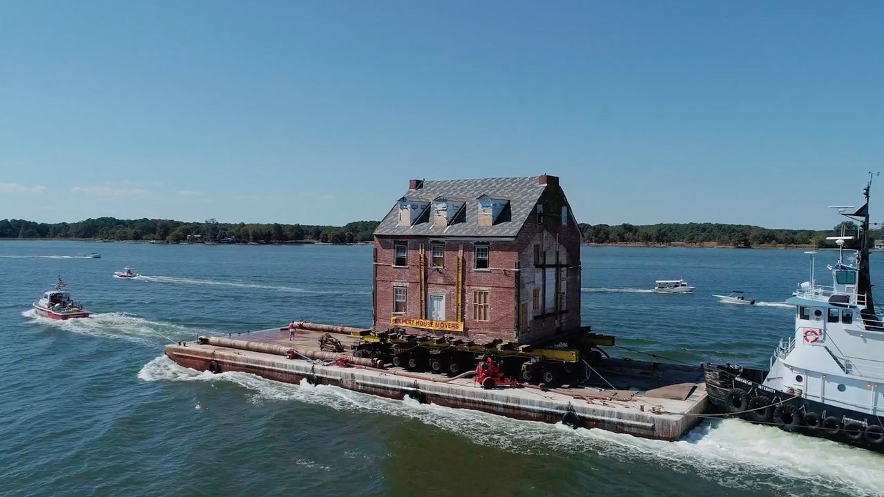 Historic Home Put on Wheels, Moved Across Water in Maryland