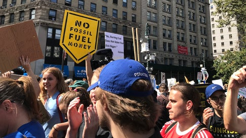 Kids on Strike: Thousands Flood New York City Streets to Demand Climate Action (PHOTOS)