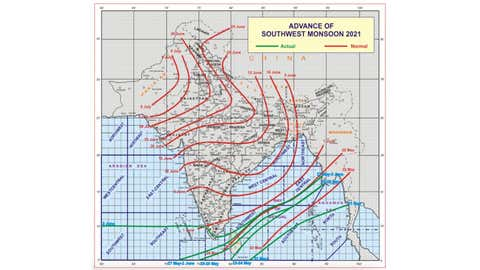 A map showing the normal arrival dates of the monsoon (red lines) vs those observed in 2021 (green lines). (IMD)