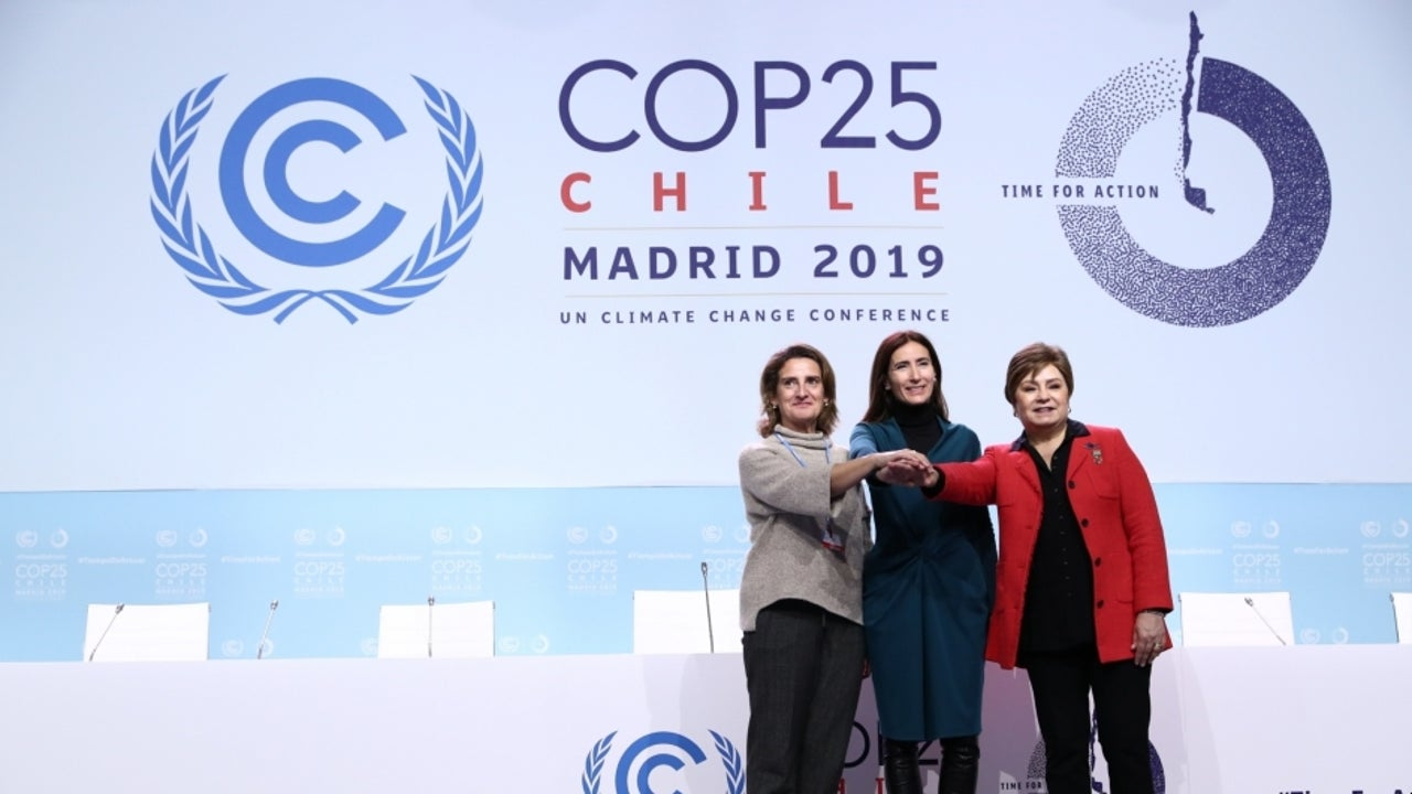 As the conference concluded, climate experts said that it produced weak gesture toward raising climate targets and failed to agree on rules to govern carbon markets.