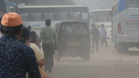 File photo: New Delhi witnessing worst air pollution this season. (Tarun Rawat/BCCL, New Delhi)