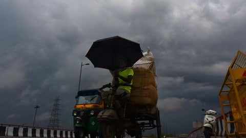 Dark clouds over Delhi. (Rajesh Mehta/TOI, BCCL, Delhi)
