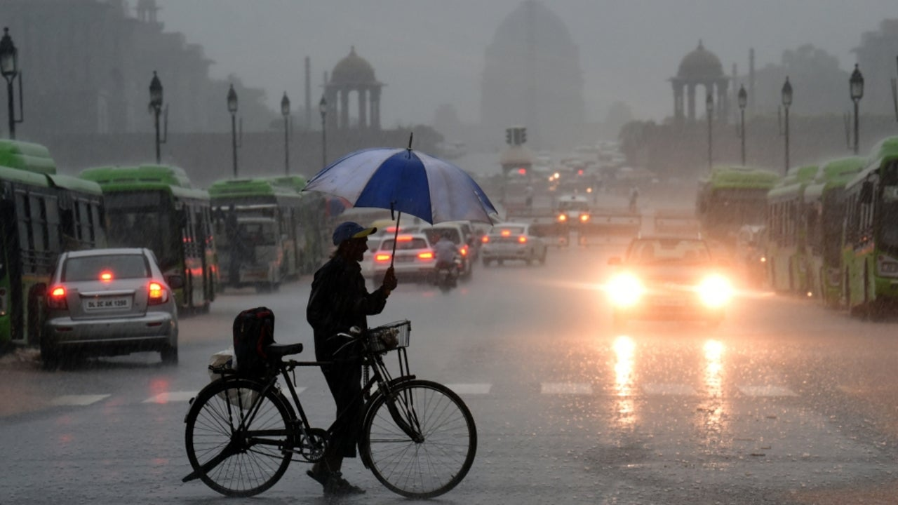 The regional met centre in Delhi has issued orange alerts over Punjab, Haryana, Chandigarh, and Delhi for Thursday.
