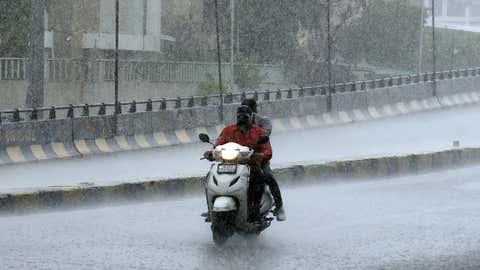 Heavy showers lash Ahmedabad, Gujarat. (Yogesh Chawda/BCCL Ahmedabad)