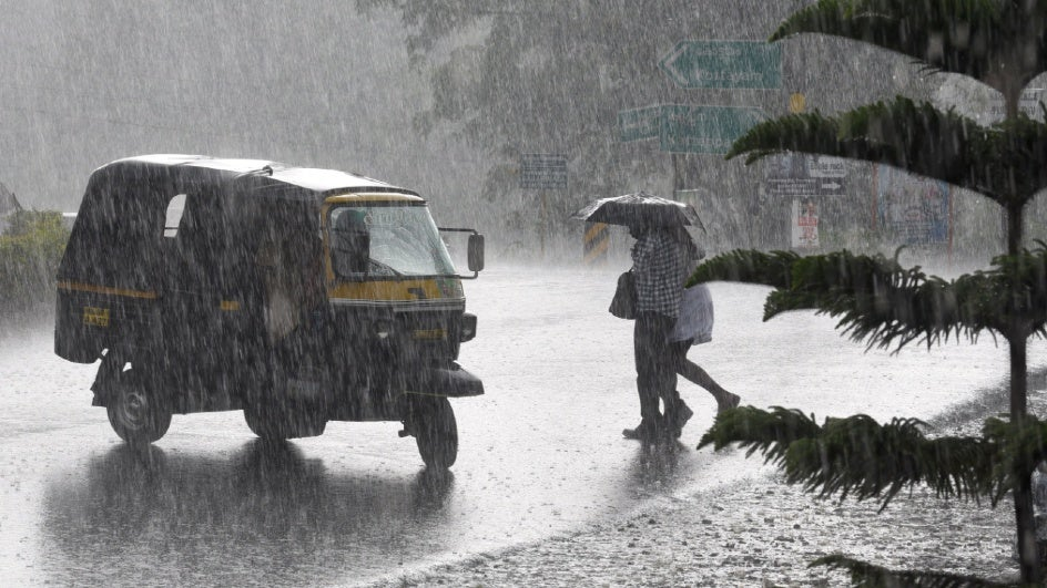 Rain and Thunderstorm Forecast Across Southern India; Temperatures May Drop