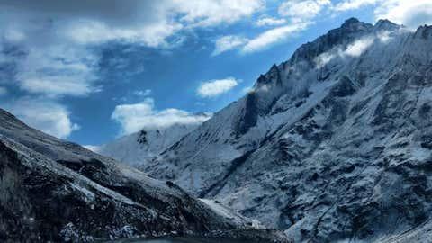 Mesmerising view of snow clad mountains in Kashmir (Bilal Bahadur/BCCL)