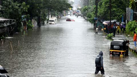 Heavy rains inundated several parts of Navi Mumbai. (KK Choudhary/TOI, BCCL, Mumbai)
