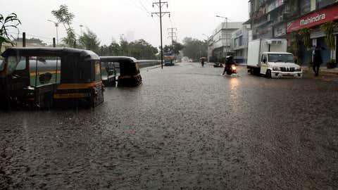 Water logging due to heavy rain. (KK Choudhary/TOI, BCCL, Mumbai)