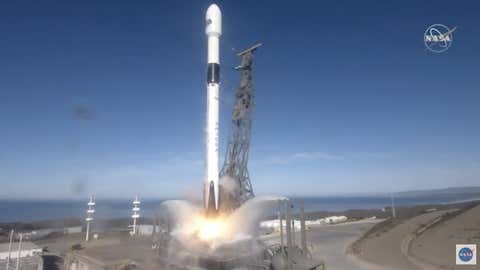 The Sentinel-6 Michael Freilich ocean observation satellite lifted off on a SpaceX Falcon 9 rocket from Space Launch Complex 4E at Vandenberg Air Force Base in California. (Photo: NASA TV / IANS)