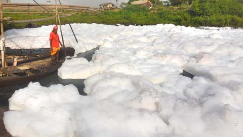 A thick layer of toxic foam was seen floating on the surface of the river Yamuna in Delhi on March 21, 2020. (Anindya Chattopadhyay/TOI, BCCL, Delhi)