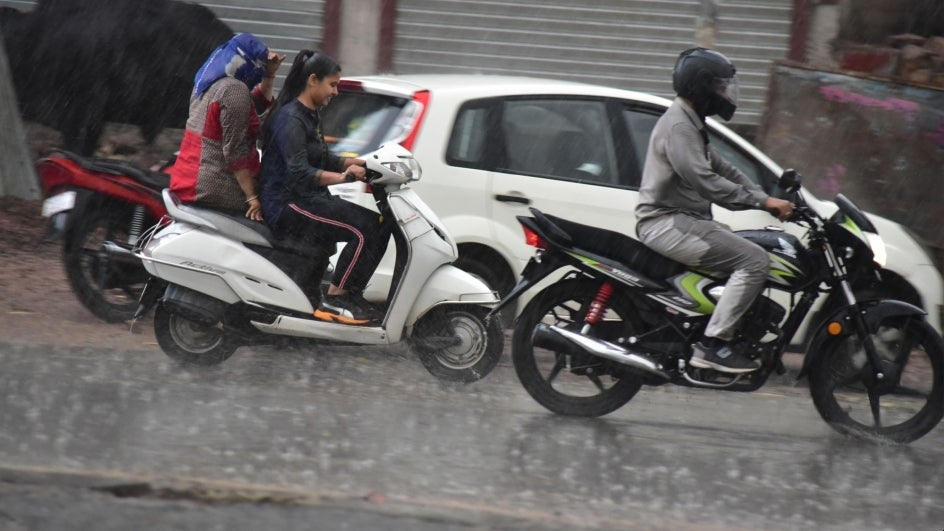 64 Killed, Scores Injured by Rain and Thunderstorm Across India