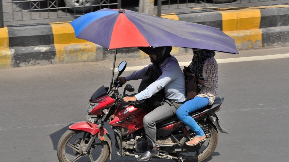 After a brief, yet pleasant respite from the intense heat last week, heat wave conditions are likely to make a comeback over large parts of India.