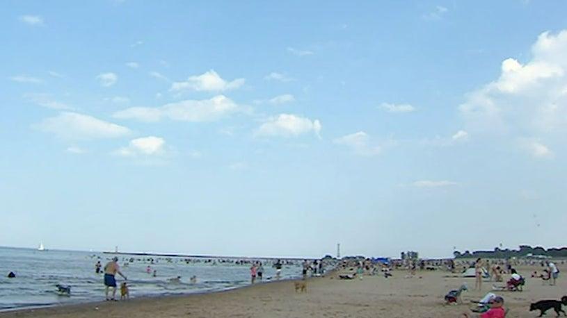 Dramatic Temperature Drop in 24 Hours for Lake Michigan