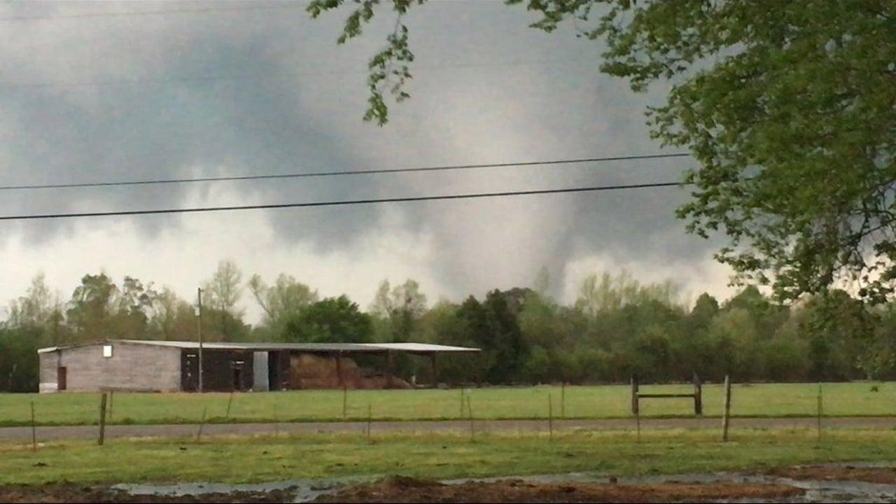 Tornado Cuts Through Mississippi