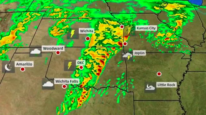 Heavy Rain and Tornado Threats Continue until Tuesday For Oklahoma and Texas