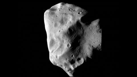 NASA - Asteroide Lutetia