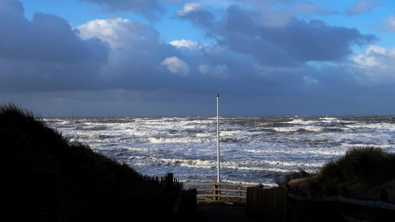 Atlantic storm brewing but it won't reach Britain
