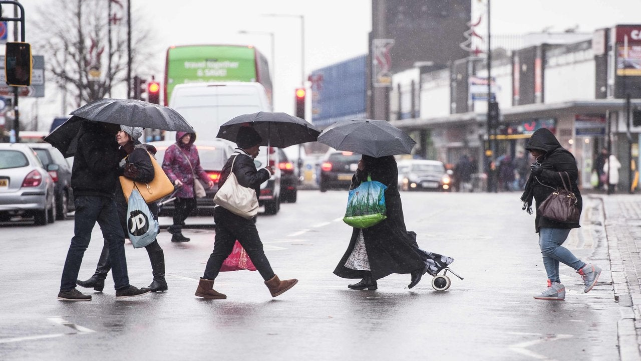 Low pressure luring unsettled days towards blustery UK