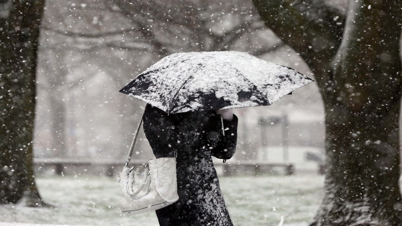 Wintry salvo expected with mix of sleet, snow and heavy showers before big chill returns