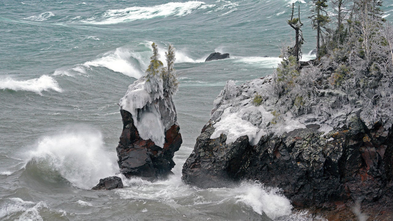 Iconic Sea Stack Topples into Lake Superior During Winter Storm